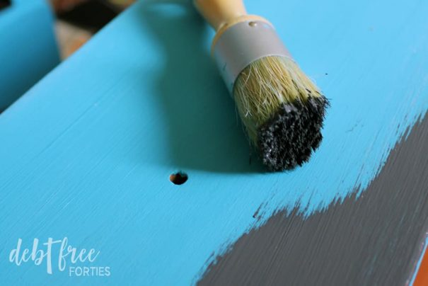Coat your furniture with a second color of chalk paint.